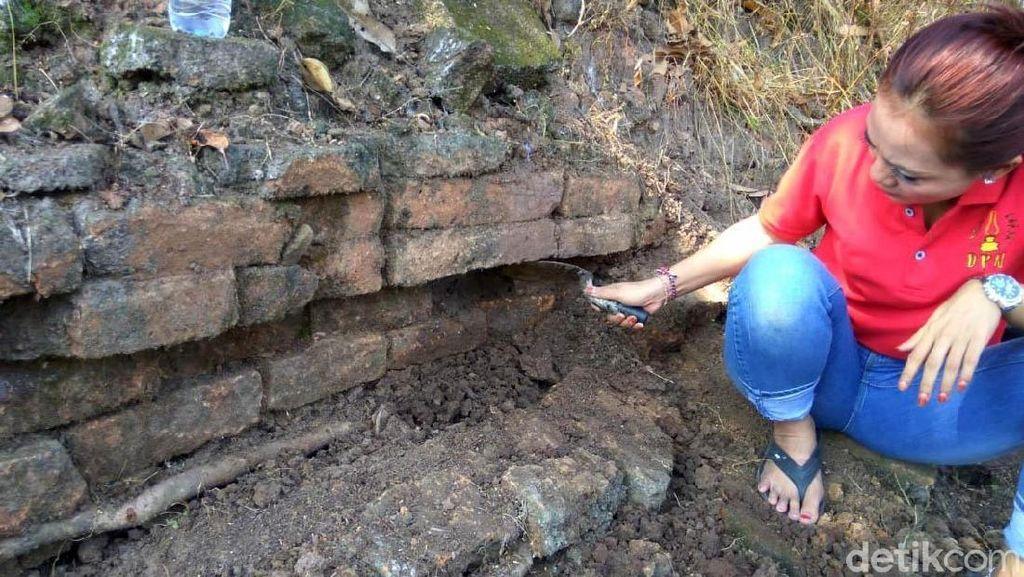 Bangunan Menyerupai Candi Ditemukan di Kediri