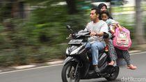 Pakai Helm saat Naik Motor Wajib Hukumnya Kalau Tak Mau Didenda