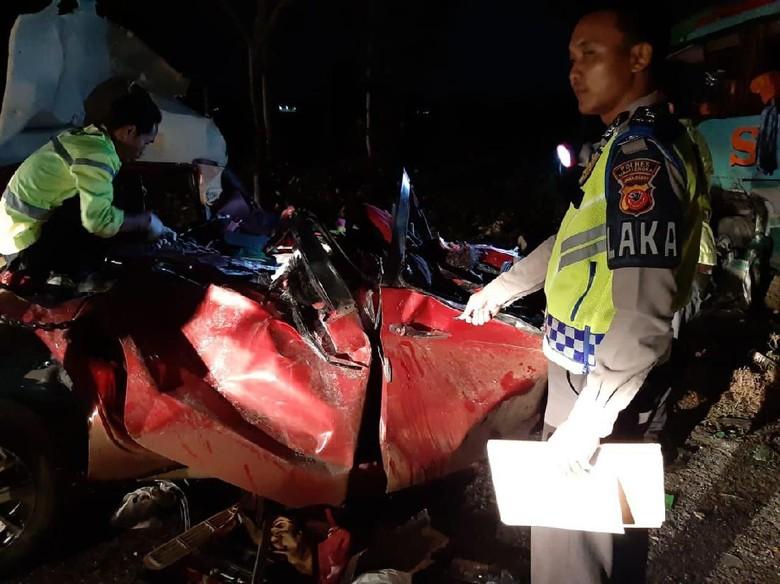 Naik dari Bekasi, Anshor Penyerang Sopir Bus di Cipali Warga Cirebon