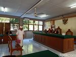 Eks Ketua Kadin Bali Didakwa Terima Rp 16,1 M Terkait Izin Pelabuhan Benoa