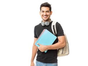 Pelajaran Hidup dari Mahasiswa Abadi yang 11 Tahun Belum Lulus Kuliah