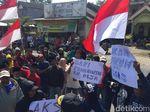 Salahgunakan Jabatan, Warga Tuntut Kepala Dusun di Blitar Dicopot