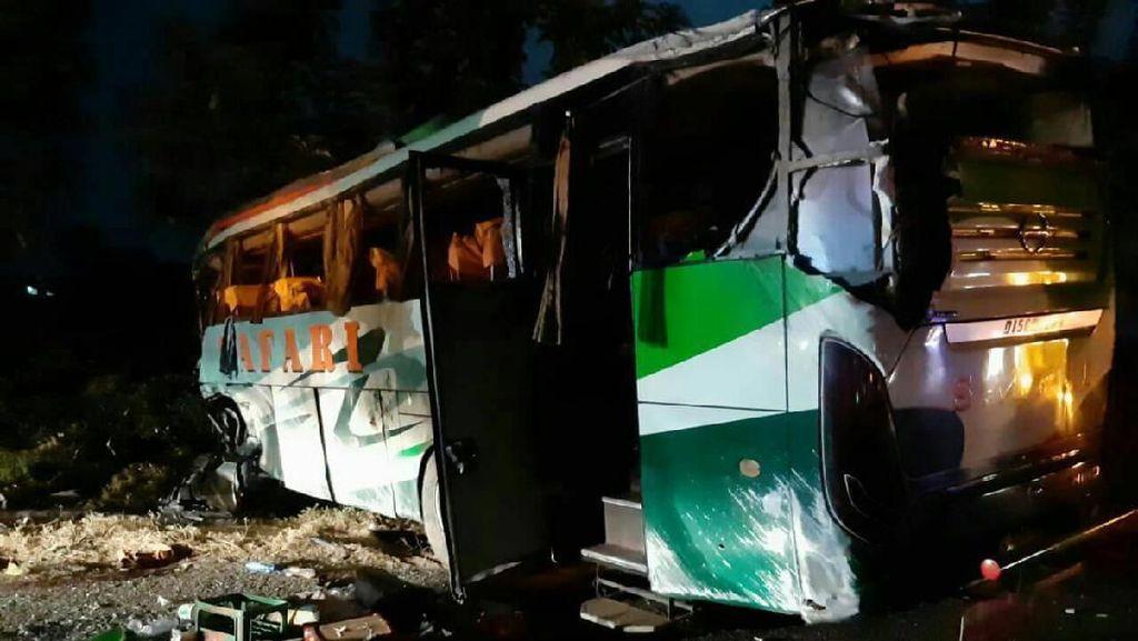 Kecelakaan Beruntun di Tol Cipali, Sopir Bus yang Diserang Penumpang Tewas