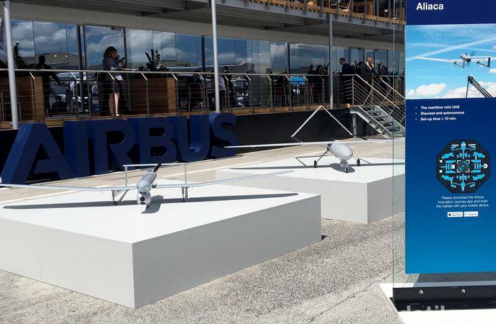 Tak hanya pesawat komersial, Airbus juga memamerkan pesawat tanpa awak di ajang pameran kali ini. Salah satunya adalah Aliaca ini.