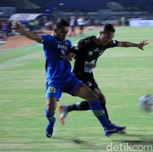 Persib Bandung vs PS Tira Persikabo Berakhir Tanpa Pemenang