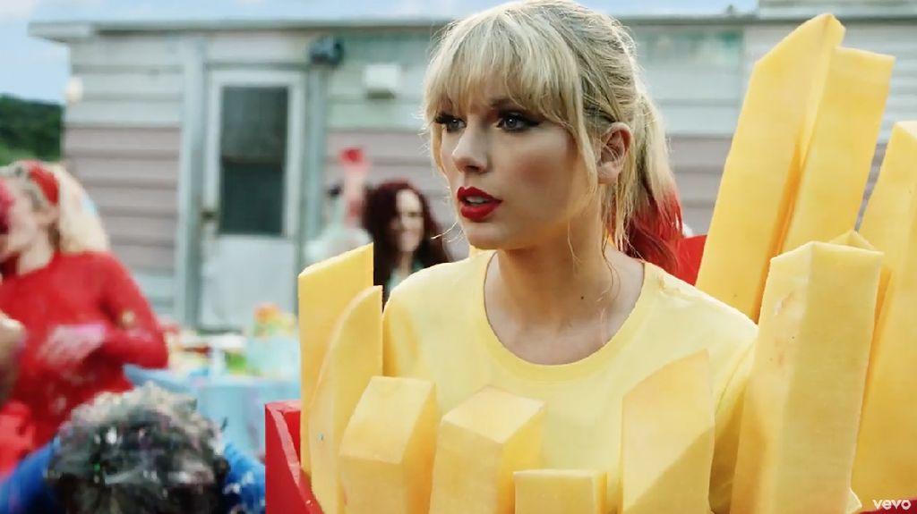 Taylor Swift dari Gadis Baik-baik hingga Jadi Sosok Kuat