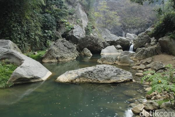 Kolam alami ini bernama Sanghyang Heleut. (Yudha Maulana/detikcom)