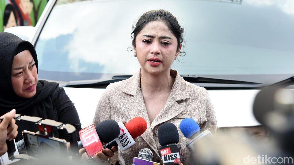 Dewi Perssik dan Meldi Mediasi Sore Ini, Bakalan Damai?