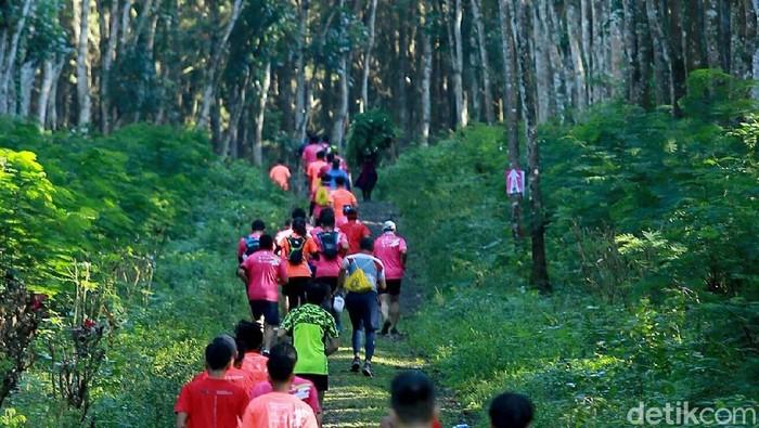 Lomba lari Gombengsari Plantation Run