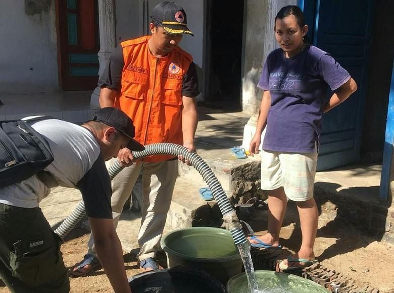 4 Desa di Trenggalek Kekeringan, Bantuan Air Bersih Mulai Disalurkan