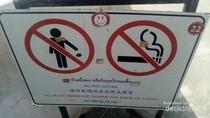 Ada Aturan Berbahasa Indonesia di Destinasi Wisata Wat Arun Thailand