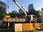 Aksi Damai Dukung MK Bubar, Jalan Medan Merdeka Barat Dibuka