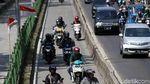 Terlalu, Aksi Nekat Pengguna Jalan Terobos Jalur Busway