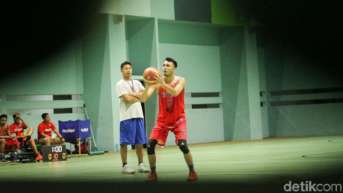 Wahyu Widayat Jati siap menajdi asisten pelatih jika Rajko Toroman menjadi head coach Timnas basket putra. Rifkianto Nugroho/detikSport)
