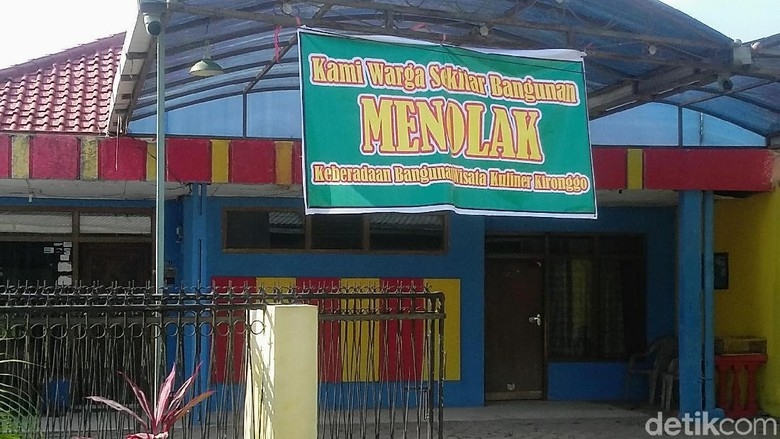 Warga Desa di Bondowoso Tolak Keberadaan Pujasera Ki Ronggo