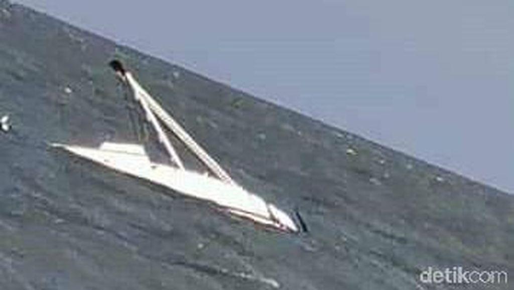 Kemenhub Kirim Kapal Bantuan Evakuasi Kapalyang Tenggelam di Sumenep