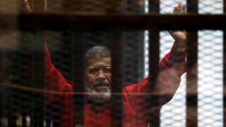 Mohamed Mursi Meninggal Akibat Serangan Jantung di Ruang Sidang
