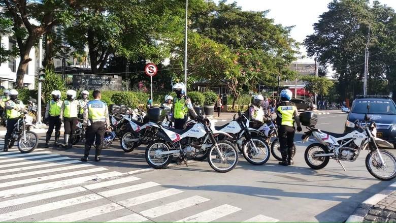 Jelang Sidang Sengketa Pilpres di MK, Polisi Atur Lalin di Patung Kuda