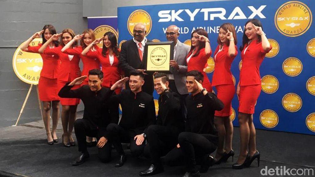 AirAsia Sabet Worlds Best Low-Cost Airline 11 Kali Berturut-turut