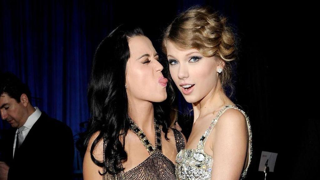 Damai Setelah 6 Tahun Musuhan dengan Katy Perry, Taylor Swift Lega