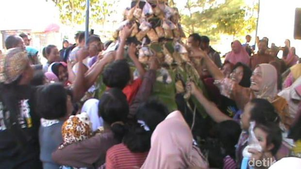 Tradisi Gumbregan di Gunungkidul