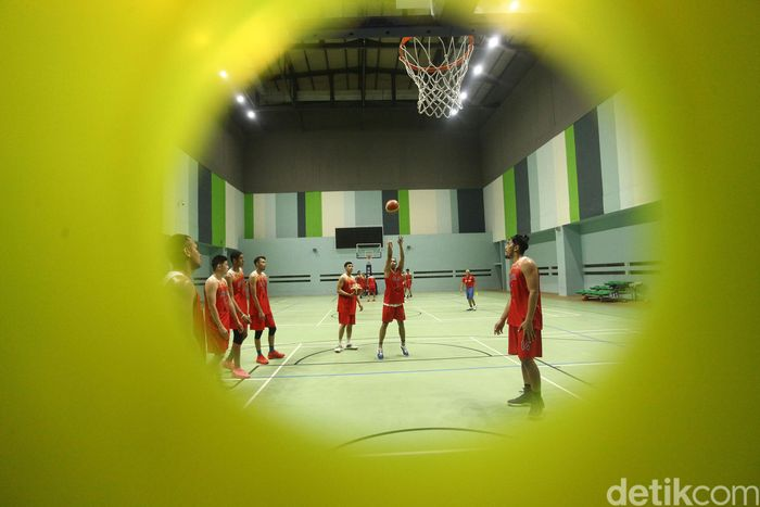 Timnas basket putra menjalani latihan sejak Senin (10/6/2019).