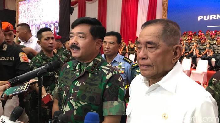 Menhan Ryamizard Ryacudu dan Panglima TNI Marsekal Hadi Tjahjanto (Foto: Rolando/detikcom)