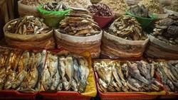 Risiko Kanker Ini Mengintai Jika Sering Makan Ikan Asin