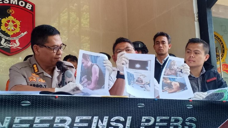 Polisi Tangkap Remaja yang Bacok Penjaga Warung dan Curi HP di Bekasi