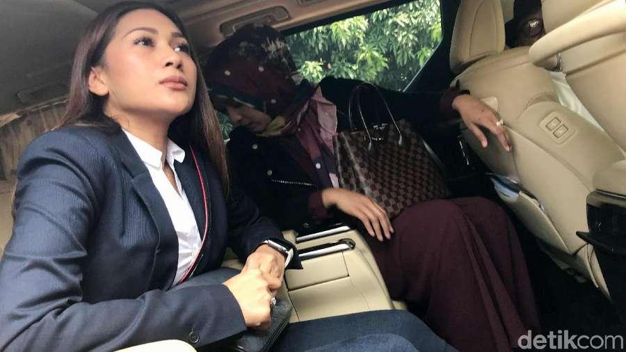 Citra Kirana, Tata Janeeta, Tsania Marwa hingga Tommy Soeharto
