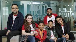 Nia dan Ari Sihasale Bawa Anak-anak Asli Kupang di Film Terbaru