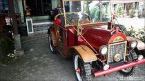 Terinspirasi Gambar Korek Api, Warga Jepara Bikin Mobil dari Kayu
