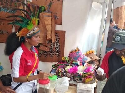 Mengangkat Kuliner Martabak Sagu Papua di Festival Crossborder Skouw