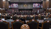 Tim Hukum Jokowi Berencana Hadirkan Profesor UGM Jadi Ahli di MK