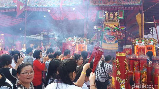 Tradisi Bakar Tongkang di Riau Habiskan Dana Rp 600 Juta