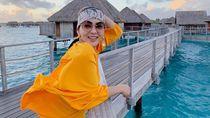 Liburan ke Bora Bora, Syahrini Pakai Kacamata Rp 27 Juta