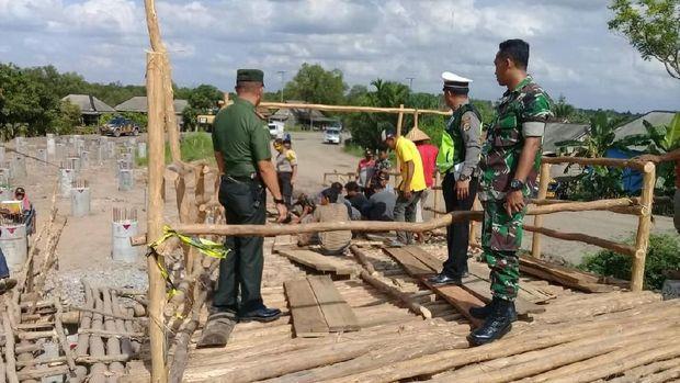 Jembatan Sumsel-Lampung Putus, Pemda Bangun Jembatan Darurat