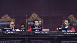MK Cecar Saksi soal Materi Kecurangan Bagian dari Demokrasi