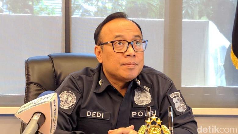 Menhan Bisiki Polisi Soal Kivlan, Polri: Itu Kewenangan Penyidik