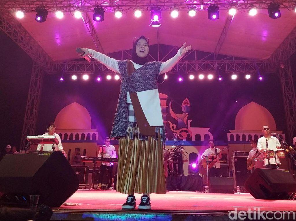 Konser Syariah Sabyan Gambus, Penonton Pria dan Wanita Dipisah