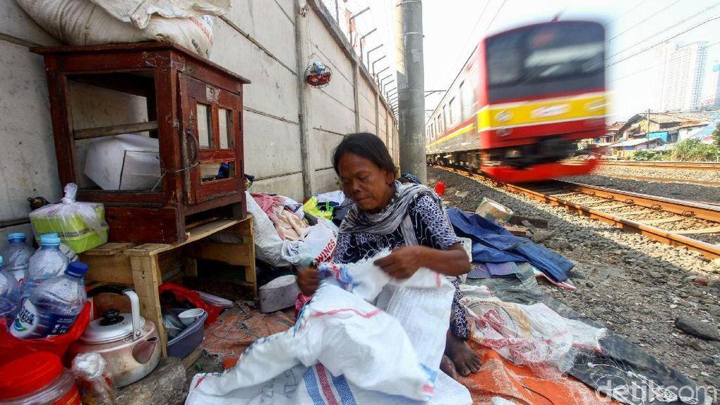 Bank Dunia Sebut di Era Jokowi Kemiskinan Kurang dari 10%