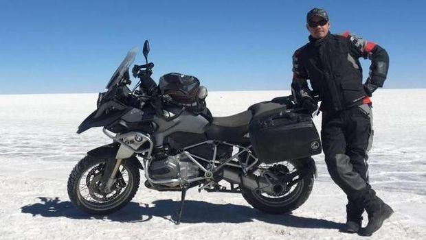 Bukan Harley, Ini Motor yang Ditunggangi Anak Ketua MA di Afrika