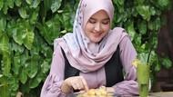 Intip Kulineran Istri Cantik Tommy Kurniawan yang Baru Saja Melahirkan