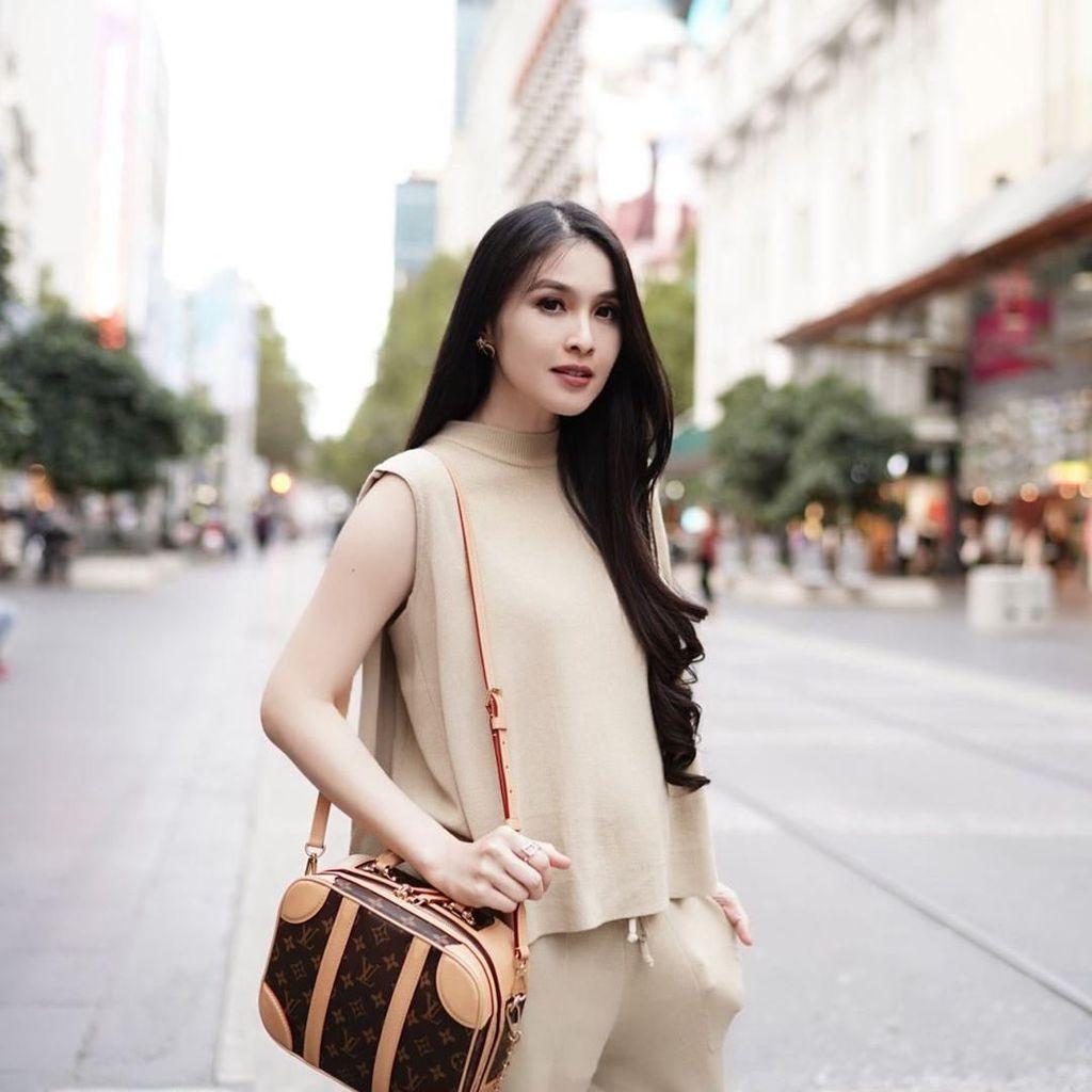 Sandra Dewi Prediksi Melahirkan Anak Kedua Agustus