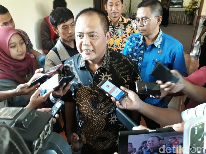 Bupati Karanganyar Juliyatmono, Kamis (20/6/2019). (Bayu Ardi Isnanto/detikcom)
