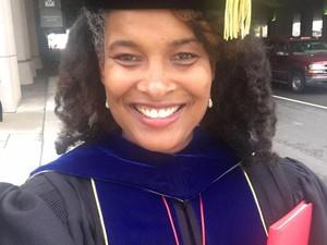 Kisah Wanita Bernama Marijuana Pepsi yang Dulu Di-bully Kini Raih PhD