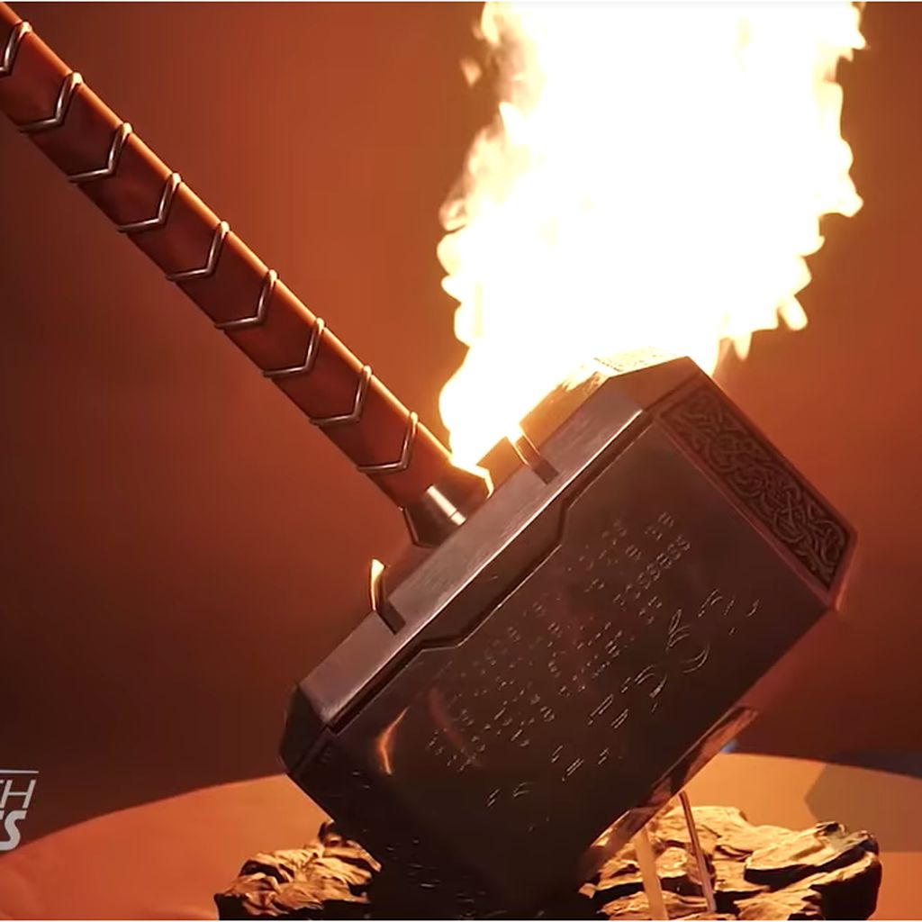 Mjolnir Terberat Jadi Hadiah untuk Thor Dunia Nyata