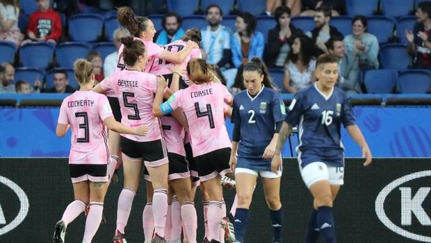 Argentina sempat tertinggal 0-3 dari Skotlandia.