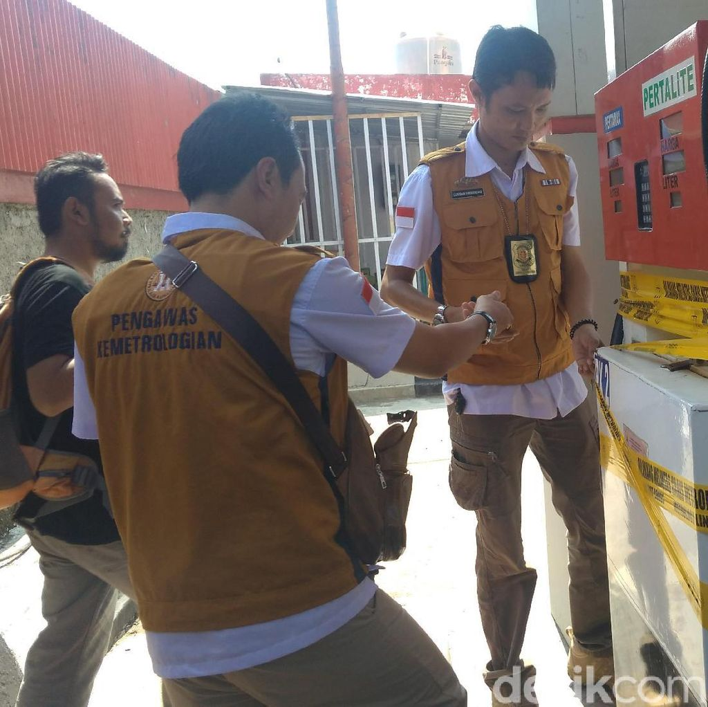 Kurangi Takaran BBM, SPBU di Indramayu Disegel