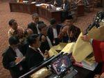 Tim Prabowo Heran Soal Amplop Misterius, KPU: Tanya Saksi Anda Bos